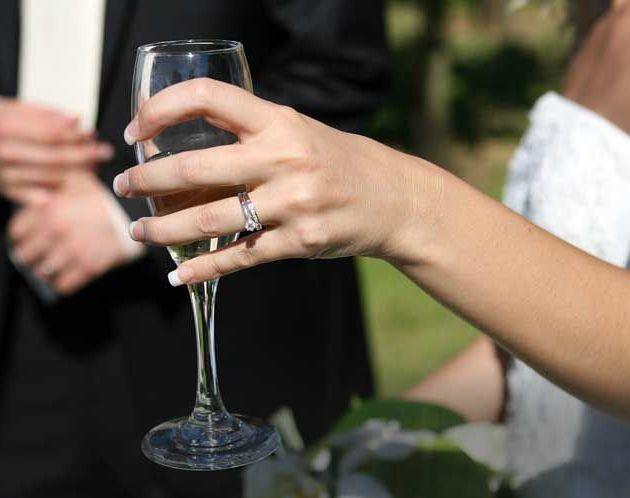 ceremony-champagne-sparkling-wine.jpg